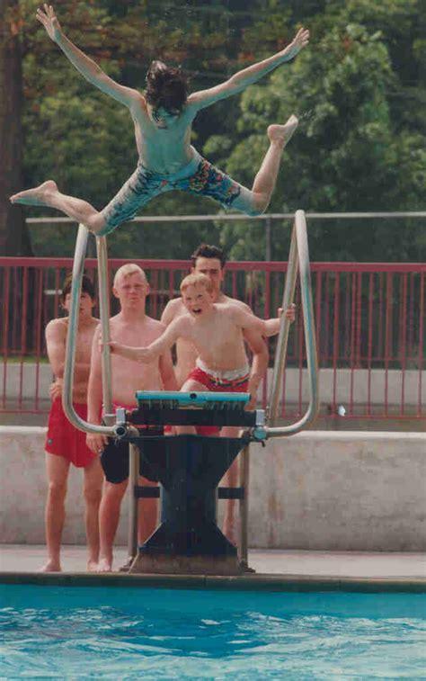Nude pool public jpg 640x1023