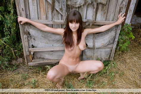 Farm nude galleries jpg 1200x800