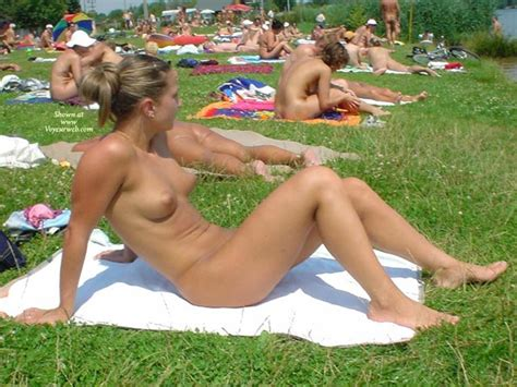 Baring it all get naked with the germans spiegel online jpg 640x480